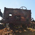 Carcasse de camion Renault sur la mine Cosinus